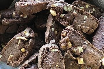 Dunkle Printen - Cantucchini mit Cashew- und Walnüssen