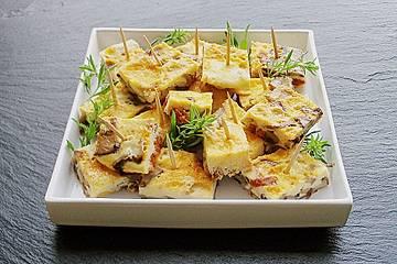Tortilla mit Pilzen und Chorizo