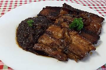 Schlesisches Zwiebel - Bauchfleisch