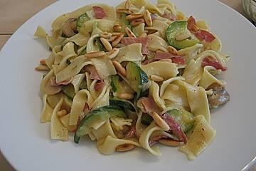 Champignons und Zucchini