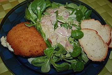 Feldsalat mit Zwiebelschmelz