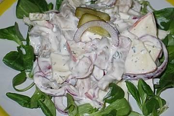 Matjessalat mit Äpfeln