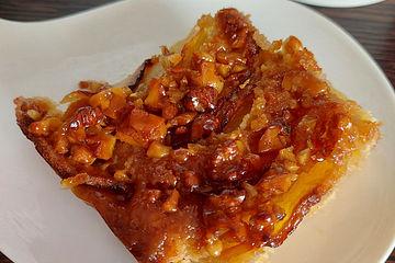 Apfelkuchen mit  Walnuss - Karamell