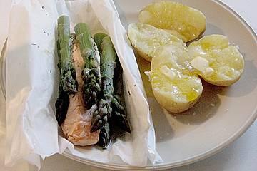 Lachs mit grünem Spargel