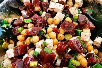 Rote Bete - Kichererbsen - Salat
