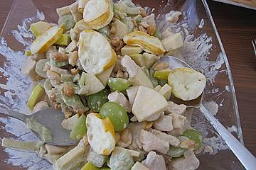 Hühnchen - Käse - Trauben - Salat