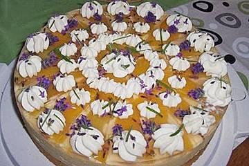 Pfirsichtorte mit Lavendel