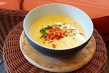 Ibus kalte Zucchini-Joghurt-Suppe