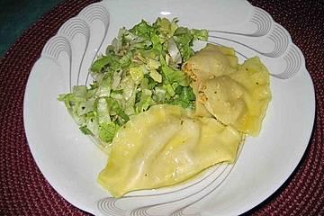 Basilikum - Frischkäse - Raviolifüllung