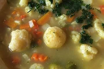 Grießklößchensuppe von Oma Mette
