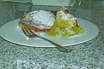 Rhabarberkuchen aus dem Römertopf