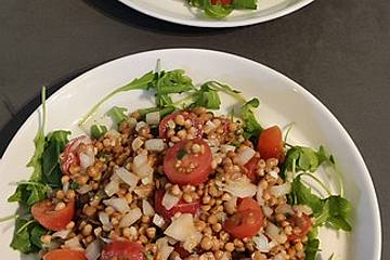 Salat aus roten Linsen