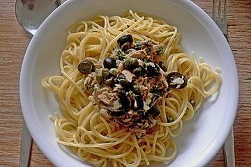 Edle Thunfisch - Sauce mit Kapern und Oliven