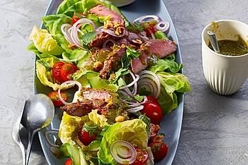 Würziger Rindfleischsalat nach Thai - Art