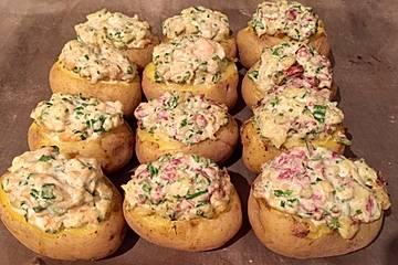 Ofenkartoffeln mit herzhafter Füllung