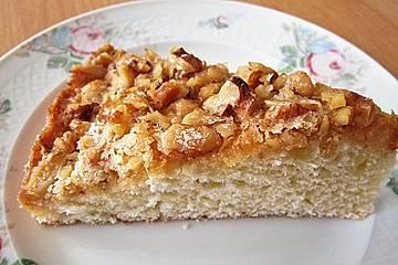 Buttermilchkuchen mit Walnussdecke