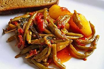 Griechische Bohnen mit Kartoffeln und Tomaten
