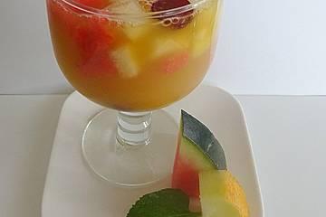 Alkoholfreie Bowle für heiße Sommertage