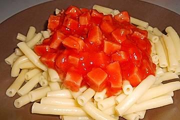 Makkaroni mit Tomatensoße nach Ossi - Art
