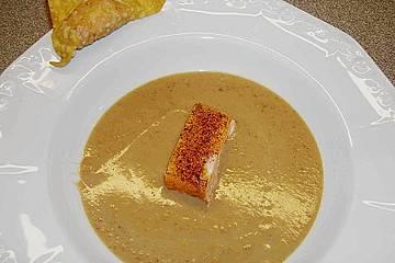 Maronensuppe mit Räucherlachs - Wan Tan und Stremellachs mit Pfefferkruste