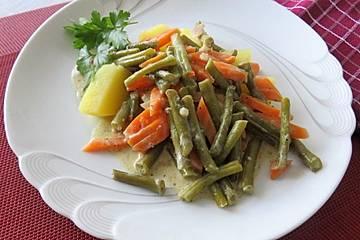 Grüne Bohnen als Sahne - Gemüsetopf