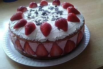 Erdbeer - Quark - Sahne - Torte