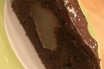 Birnenkuchen mit dem schokoladigsten Schoko-Schokoladen-Schock