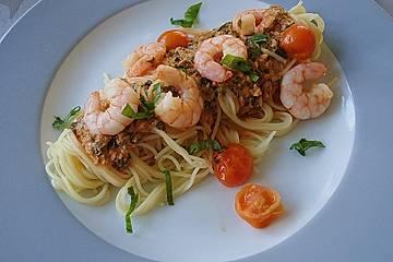 Spaghetti mit Garnelen in Tomaten - Rahm Soße und Bärlauch