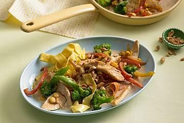 Hähnchen-Gemüse-Kokos-Pfanne