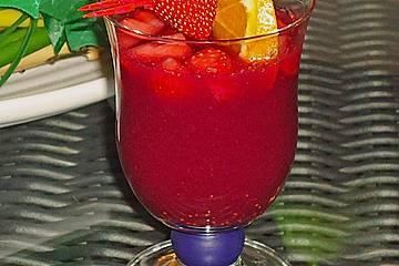 Kalter Erdbeerpunsch
