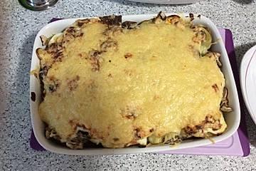 Kartoffelauflauf mit Würstchen