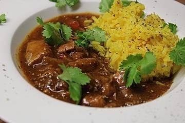 Rotes Puten-Kokos Curry