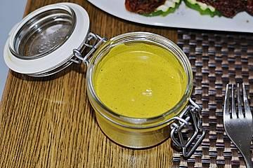 Grillsoße-Currydip