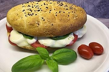 Tomaten-Mozzarella-Fladenbrote
