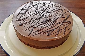 Schokolade-Biskotten Torte