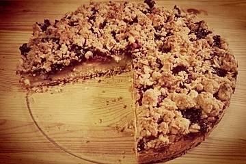 Apfel-Heidelbeer Kuchen mit Mandelstreuseln