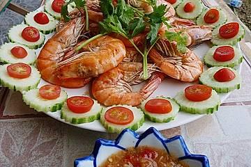 BBQ-Garnelen mit Thai-Dip Nam Jim Talee