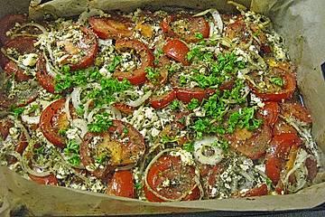Tomaten-Feta-Gratin mit Balsamico und Olivenöl