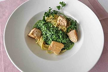Lachs-Spinat-Spaghetti