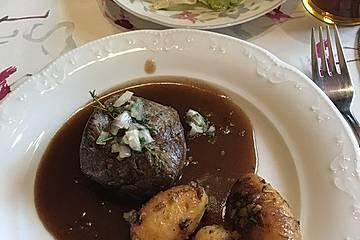 Rindersteak mit Portwein-Schalotten-Sauce