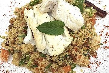 Couscous mit Aprikosen