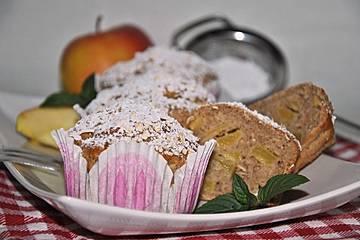 Leichte Apfel-Muffins mit Haferflocken und Zimt