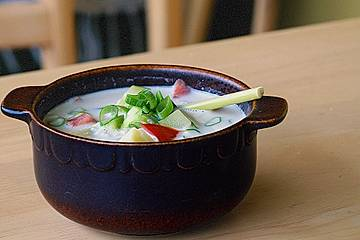 Thailändische Ingwer-Kokos-Suppe