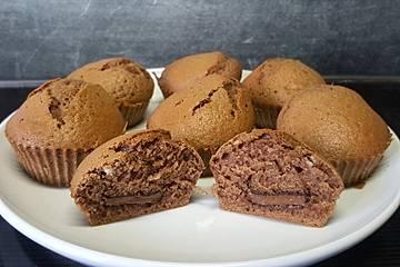 Eiweiß-Schoko-Muffins mit flüssigem Kern