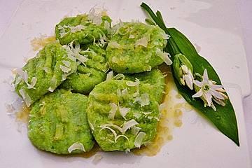 Bärlauch-Gnocchi mit frischem Bärlauch