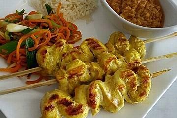 Thailändisches Saté mit feiner Erdnusssauce