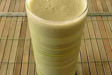 Bananen-Ingwer-Lassi