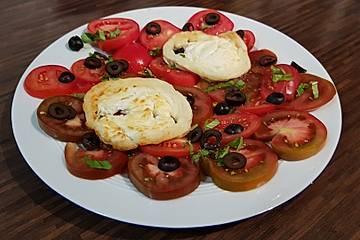 Tomaten-Carpaccio mit gebackenem Ziegenkäse