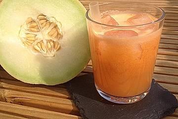 Süßer Melonen-Möhren-Saft