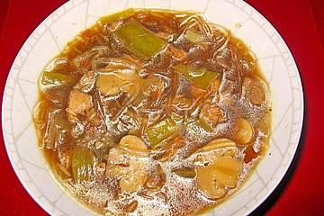 Chinasuppe mit Glasnudeln